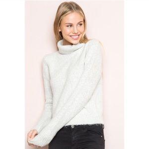 BRANDY MELVILLE Cassia Grey Turtleneck Sweater SM
